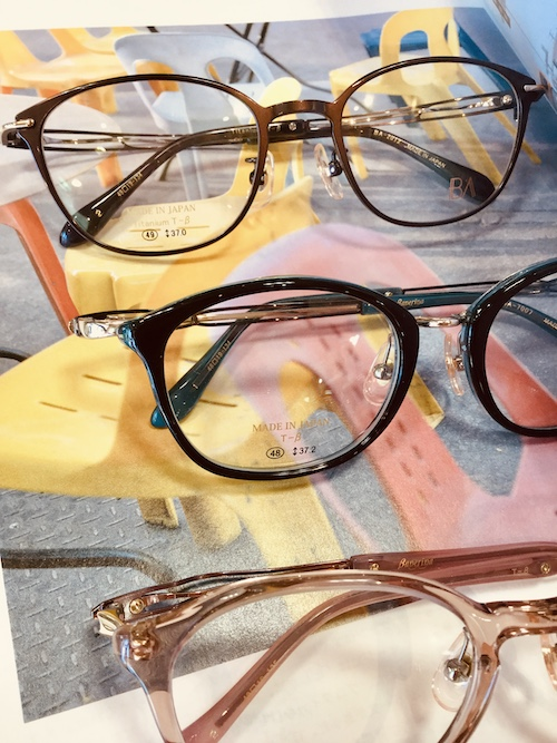 秋田 メガネ 遠近両用 コンタクトレンズ 日本製 おしゃれメガネ ファッション 合唱 同窓会